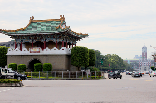 景福門と総統府